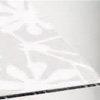 VBD - sklo bílé barvy s květinovým vzorem